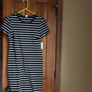 Old Navy Dresses - Dress new with tags!